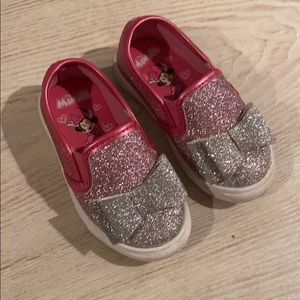 Minnie Mouse pink & silver sparkle slip on Size:5